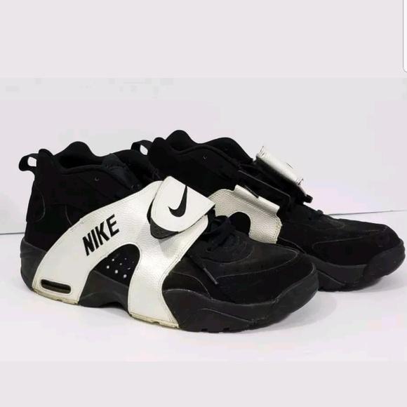 revista flor Profesión  Nike Shoes   Nike Air Veer Blkblk White 59944202 Sz 3   Poshmark